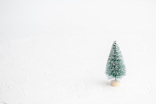 Минималистичный рождество и новый год. имбирное печенье.