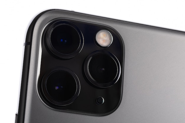 Minsk, belarus - october, 26, 2019: extreme macro of ultra-wide, wide, and telephoto on the new latest apple computers iphone 11 pro max