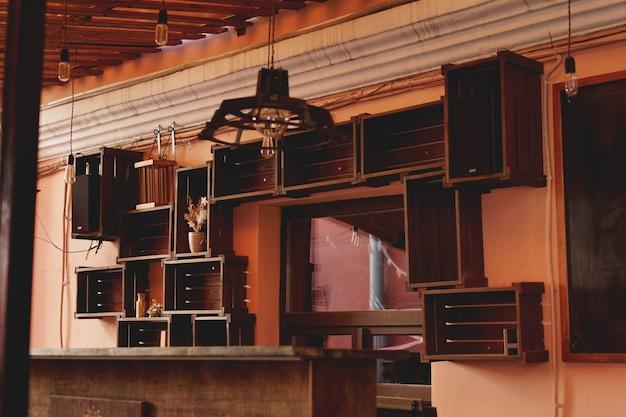 ミンスク、ベララスレッドヤード-中庭-ミンスクの井戸、ライブ音楽のコンサート、写真展、絵画の展示会の場所