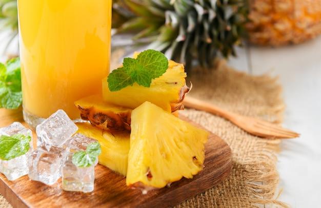 Mint leaves on fresh slice pineapple