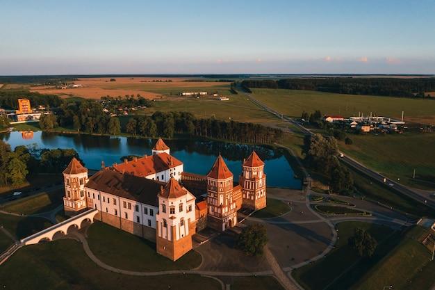 Mir, belarus - may 18, 2014: medieval castle in mir, belarus