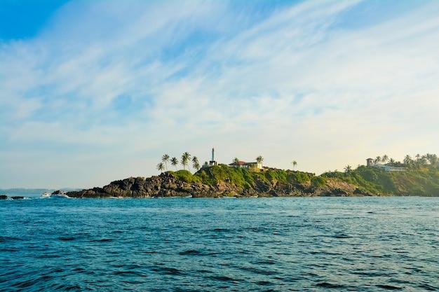 ミリッサ、スリランカ。クジラを見に行く途中