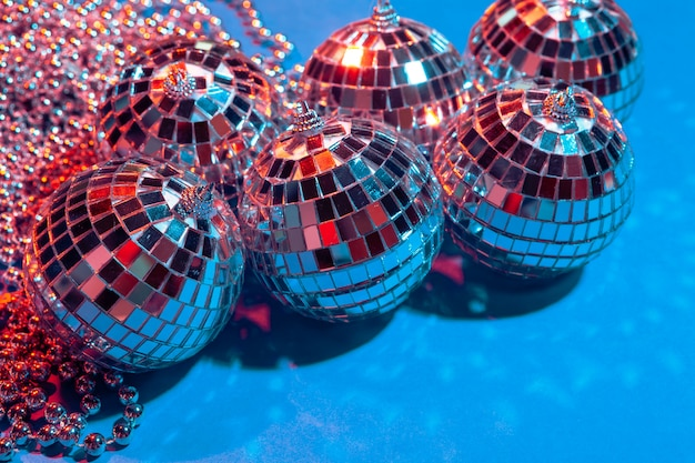 Mirror party balls put on table