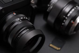 Mirrorless digital camera system