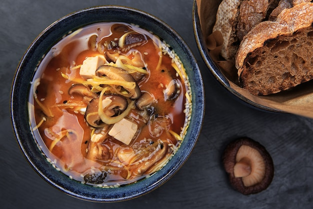 Мисо суп, вид сверху
