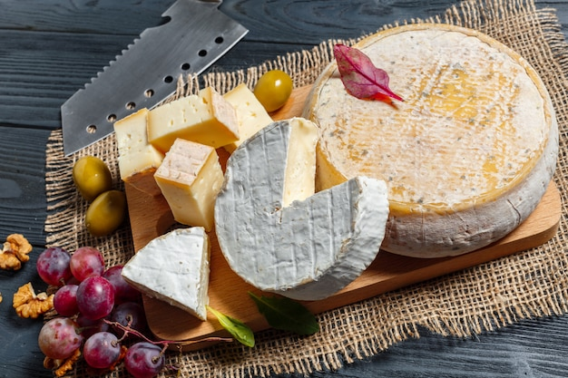 Mix cheese on the table