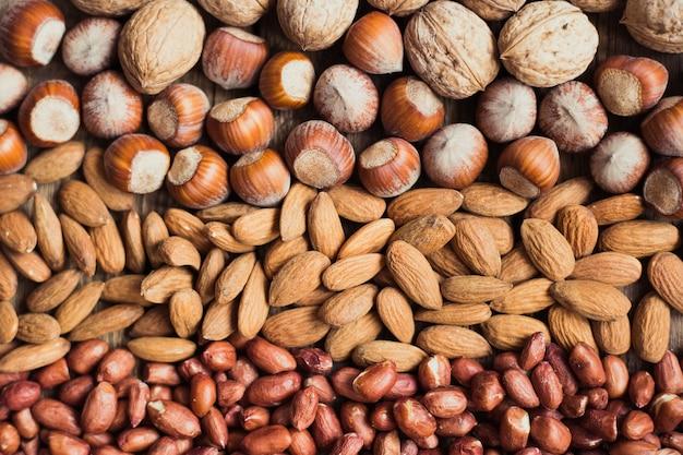 Микс орехов миндаль, грецкие орехи, арахис, фундук, семечки