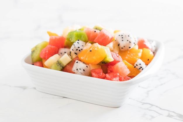 Mix sliced fruits