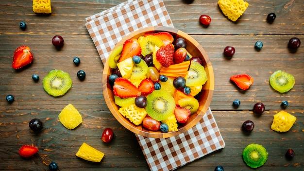 ミックスフルーツと盛り合わせフルーツ