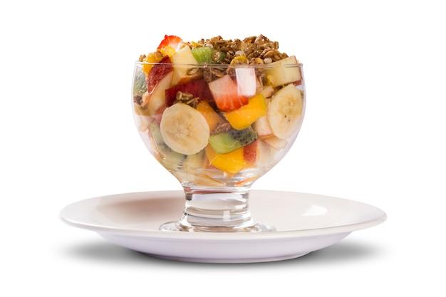 Салат из смешанных фруктов.