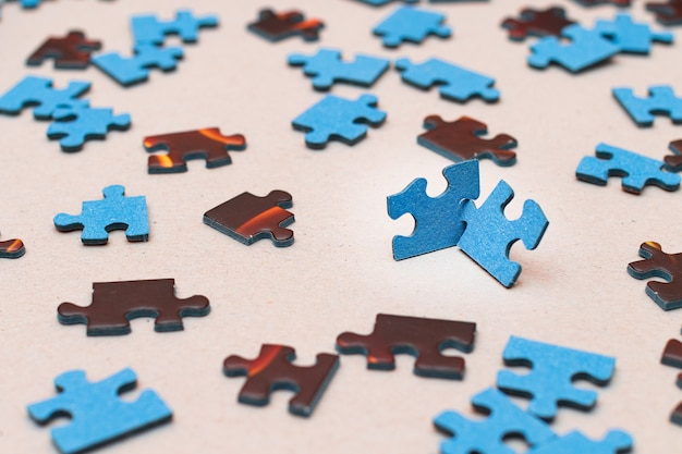 다채로운 직소 퍼즐 전략과 문제 해결의 혼합된 평화