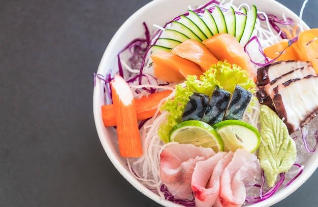 Mixed sashimi set