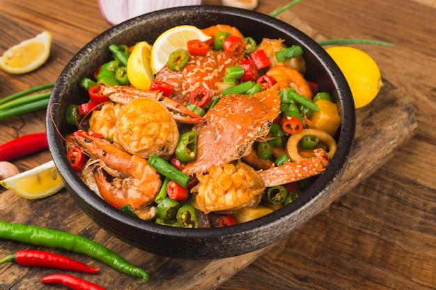 Сухой микс из морепродуктов, краб, морское ушко, креветки