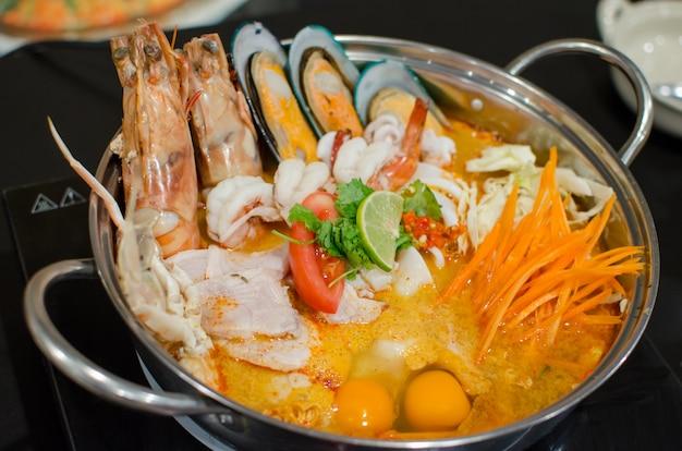Mixed seafood tom yum