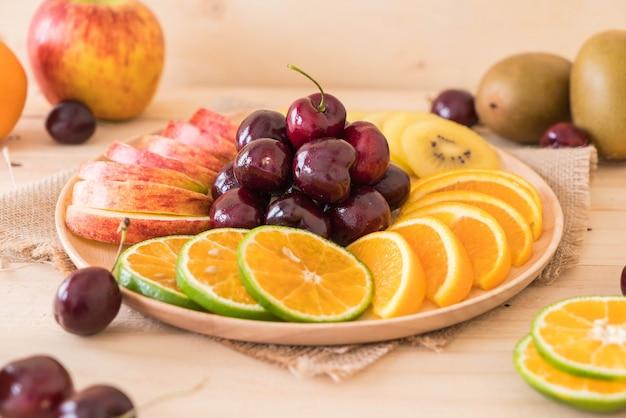 Frutta a fette miste