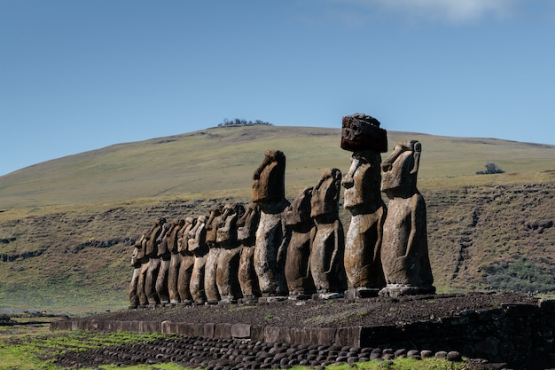 Moai of ahu tongariki