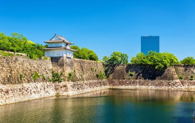 Ров замка осаки в осаке, япония