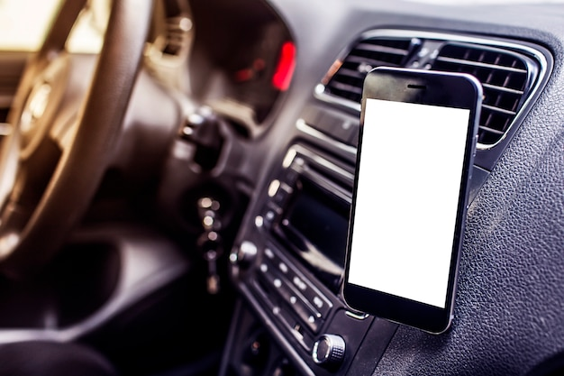 차에 휴대 전화