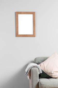 Макет рамы на стене