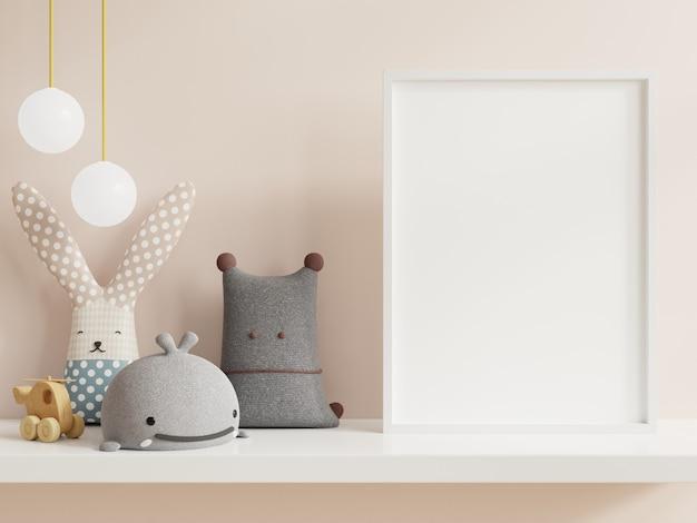 Макет плаката в интерьере детской комнаты, плакаты на пустой белой стене