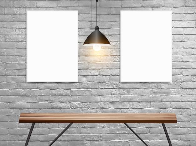 나무 테이블 인테리어에 흰색 벽돌 벽에 포스터를 모의