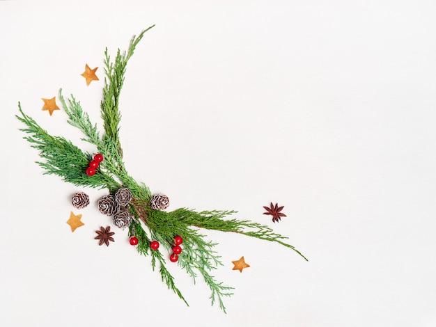 Макет рождественской открытки, плоский с местом для вашего текста.