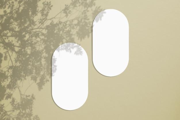 Мокап овальных пустых карточек в минималистичном стиле