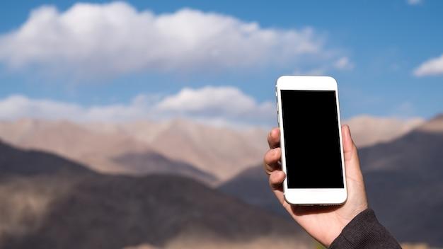 Mockup smartphone with mountain
