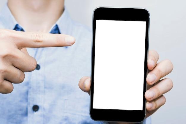 Макет мобильного телефона с белым экраном и бизнес-моделью в стиле кэжуал