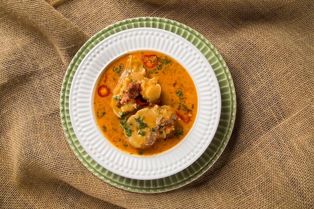 소발로 만든 모 코토 브라질 요리, 콩과 야채 조림