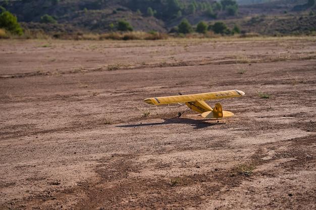 Model aircraft and models.