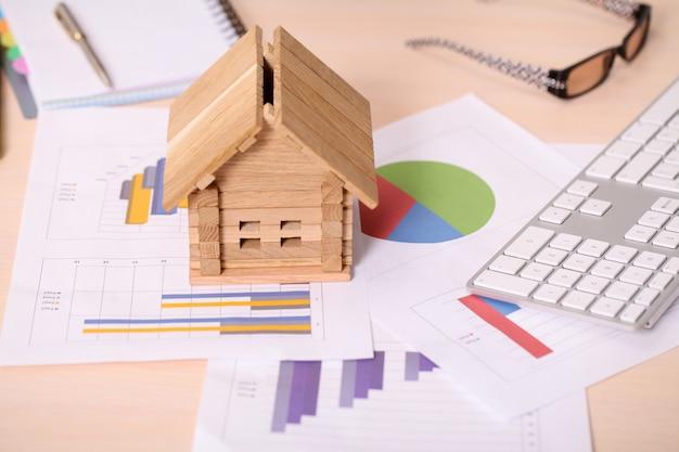 Модель дома и калькулятор на план строительства