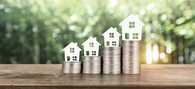 モデルハウスはコインでモックアップします。不動産投資コンセプト