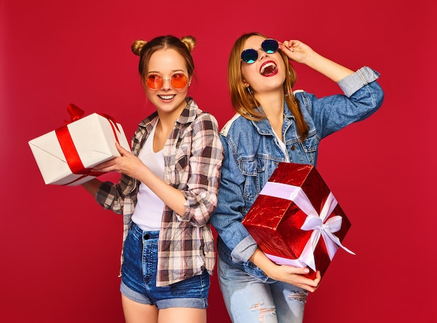 Models with big gift boxes