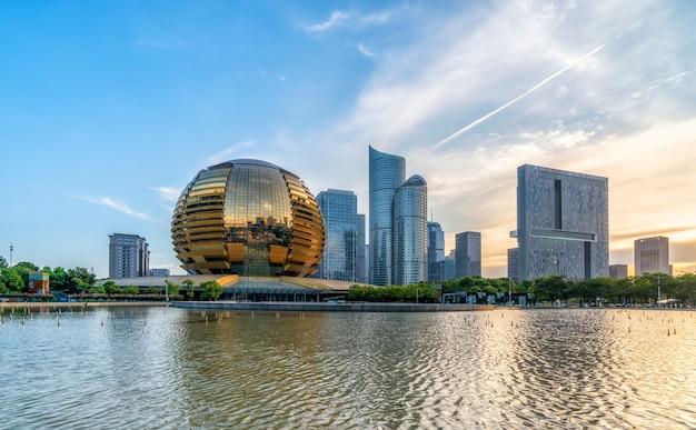 Современный архитектурный ландшафт горизонта финансового района ханчжоу