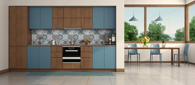 Современная синяя и деревянная кухня
