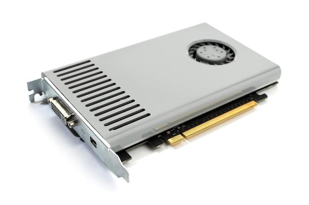 흰색 배경에 고립 된 현대 컴퓨터 그래픽 카드