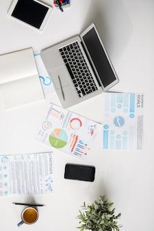 최신 장치 및 테이블에 대한 통계 보고서
