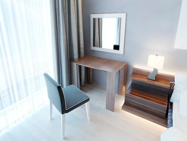 의자와 거울이있는 현대적인 화장대, 램프가있는 침대 옆 탁자. 광택 마감 처리 된 갈색 목재 가구가있는 침실. 3d 렌더링.