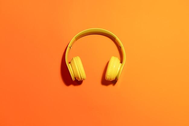 現代のヘッドフォン
