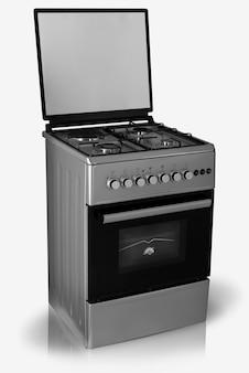 Современная бытовая кухонная духовка на белом фоне