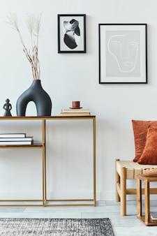 Современная композиция для гостиной с дизайнерской мебелью, макет рамки для плаката и шаблон аксессуаров