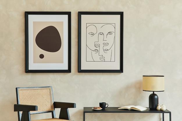 2つのモックアップポスターフレーム幾何学的な便器アームチェアテンプレートとモダンなリビングルームのインテリア
