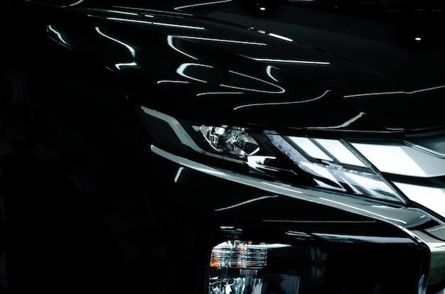 Современные роскошные автомобильные фары