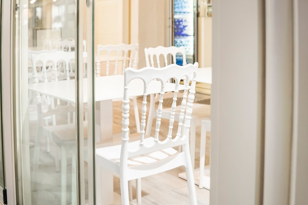 Modern luxury dining room with tables and chairs in shopping mall
