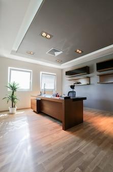 Современный офисный интерьер