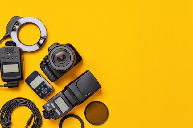 주황색, 평면도에 현대 사진 작가의 장비