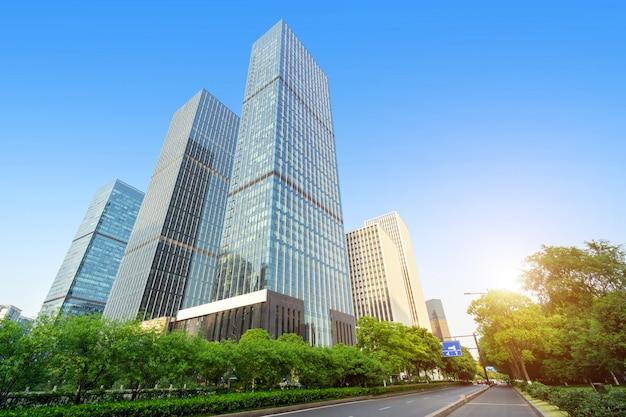 Современный небоскреб в ханчжоу