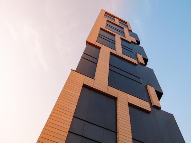 서울에서 현대적인 마천루, 아침 햇살보기