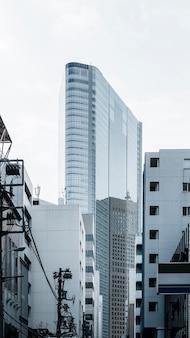 Современные небоскребы в деловом районе